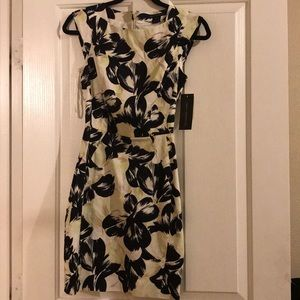 Brand new French Connection floral print dress sz0